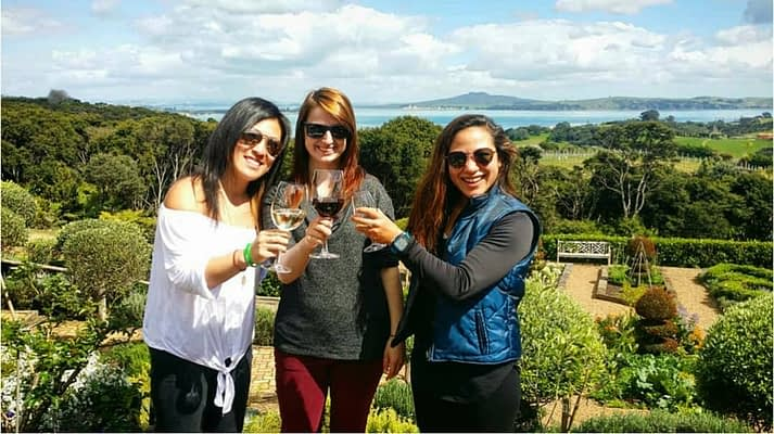 Things to do in Auckland - Waiheke Island Wine tour New Zealand